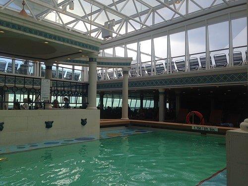 Enchantment of the Seas Solarium Pool