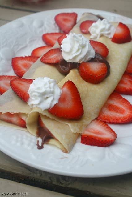 Easy Choco Strawberry Crepes