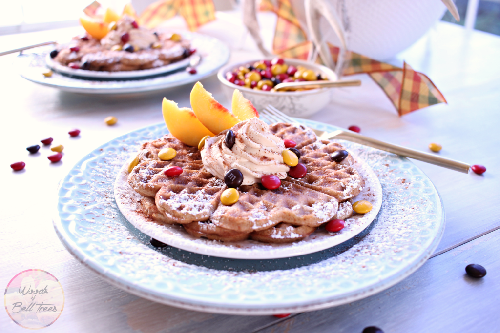 dessert-waffles-harvest-fall-treat-recipe-cinnamon-apple-autumn-flavor-holiday-3-1024x683