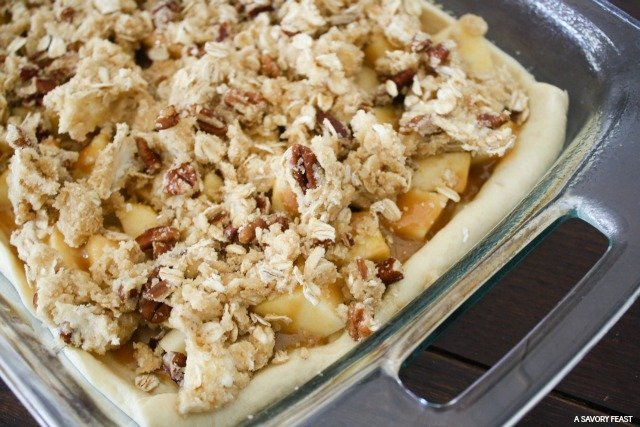 Caramel Apple Streusel Bars 1