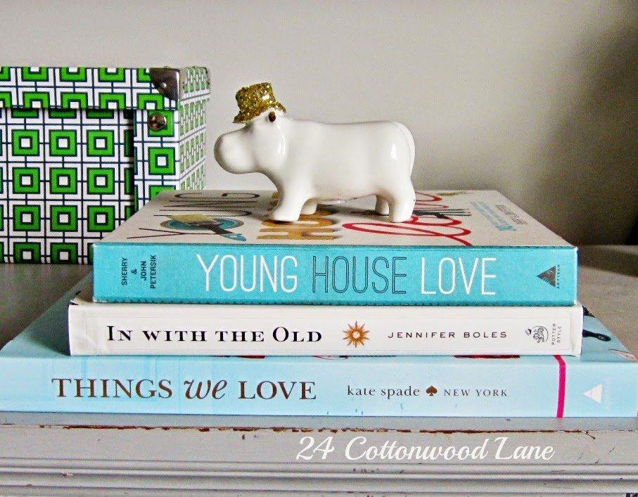 hippo-on-books