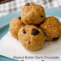 Peanut Butter Dark Chocolate Energy Bites