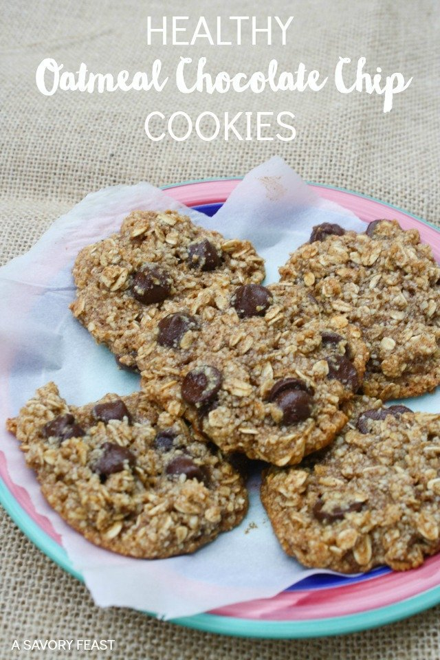 Healthy Oatmeal Chocolate Chip Cookies! Gluten free and made with no refined sugar, so they are guilt free!