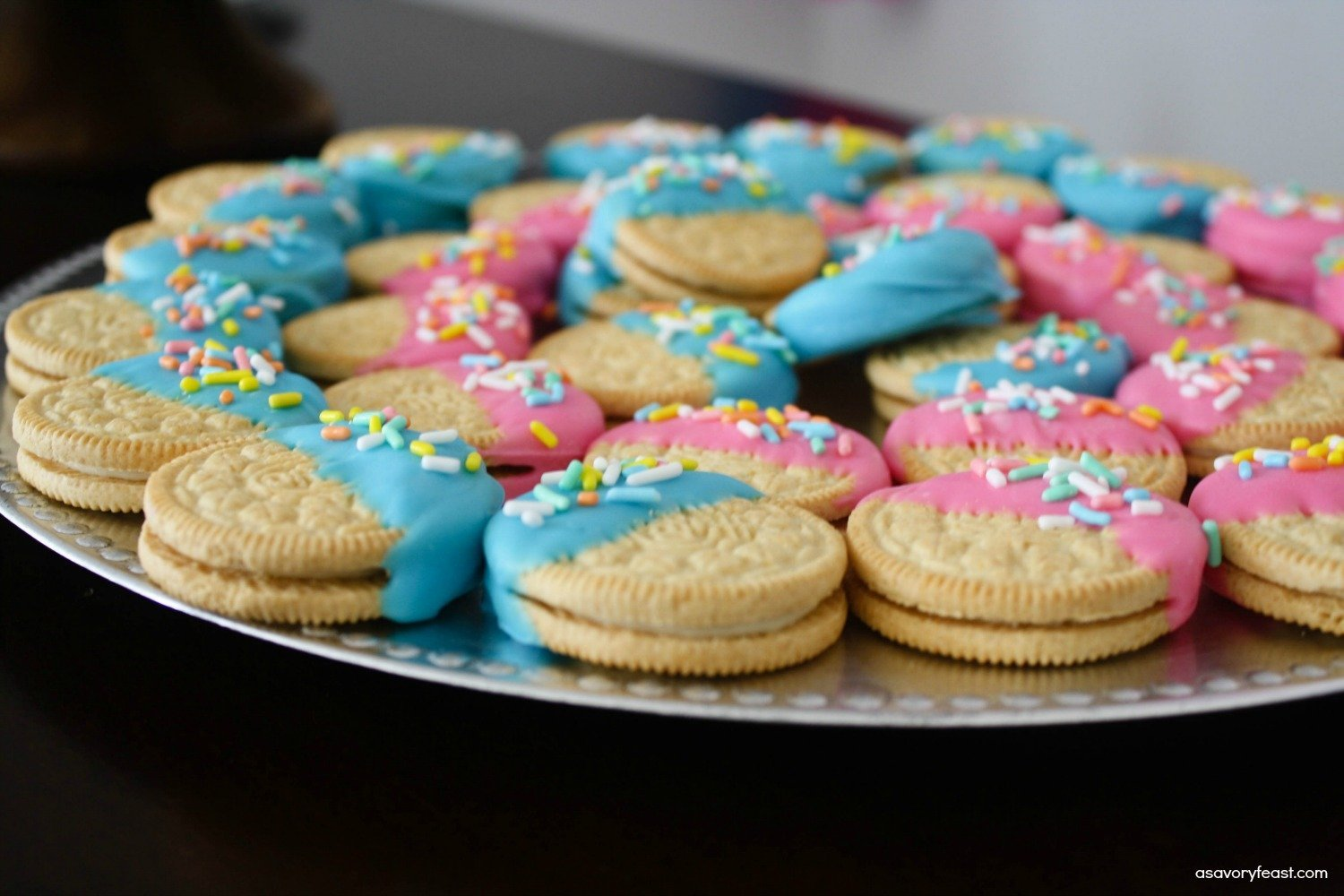 Gender Reveal Party Confetti Oreos