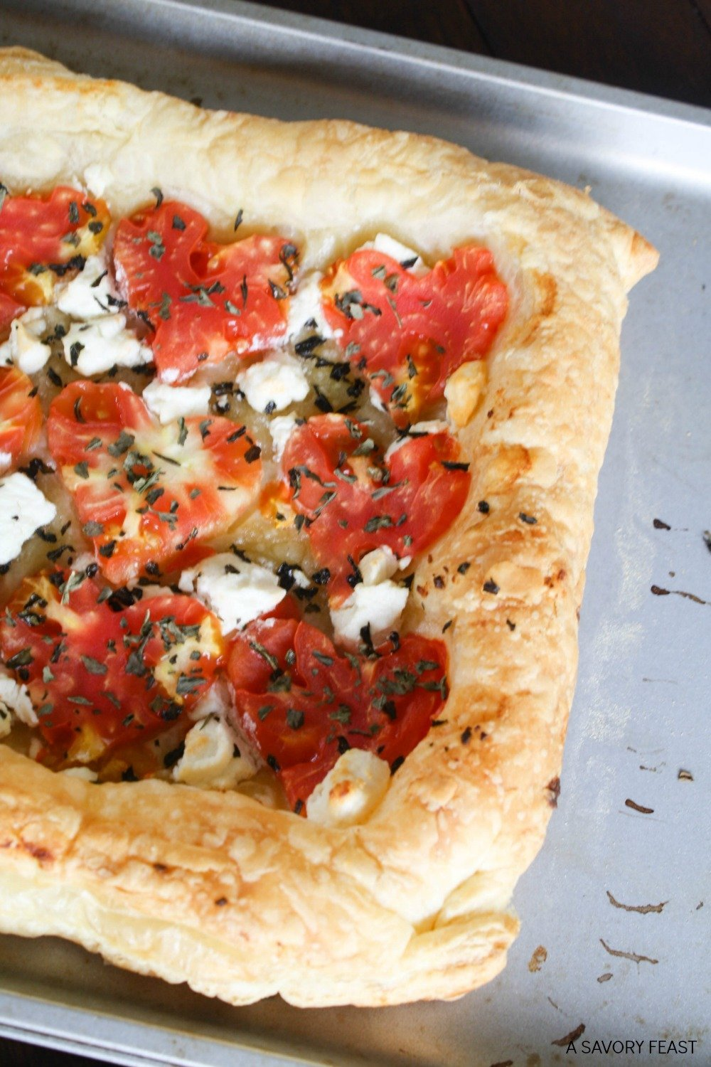 Celebrate the premiere of Alice Through the Looking Glass with this fancy Queen of Hearts Tomato Tart!
