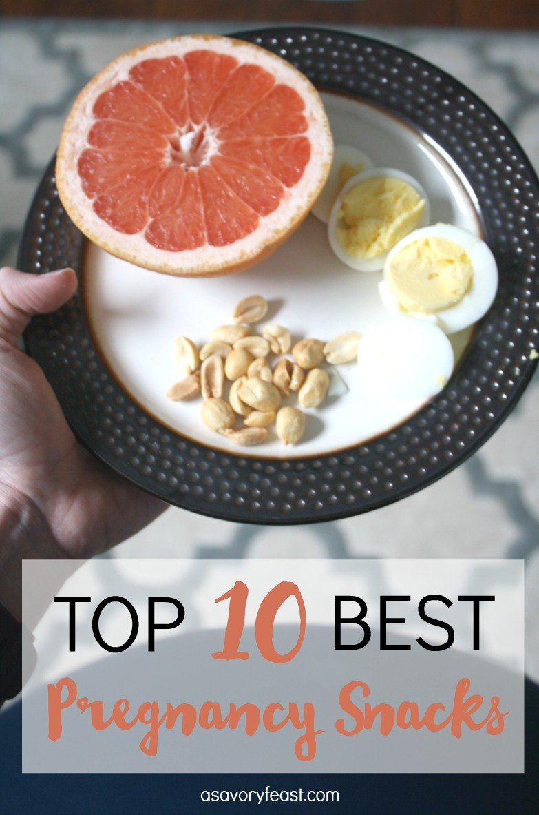 Top 10 Best Pregnancy Snacks // Growing a baby is hard work and sure to make you hungry! Here are some of the best snacks you can eat during pregnancy. Healthy, nutrition-packed ideas that are easy. Lots of good on-the-go ideas, too!