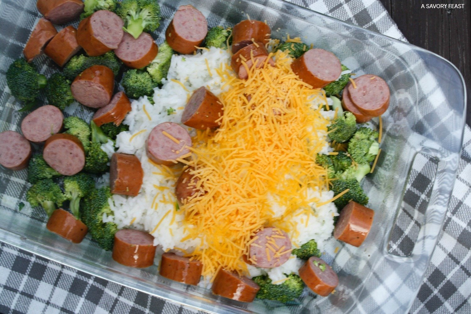 Cheesy broccoli sausage and rice casserole for Broccoli casserole with fresh broccoli