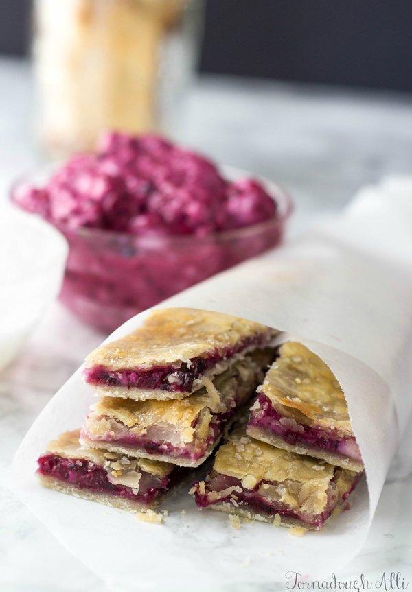 Blackberry-Cream-Cheese-Pie-Dippers1