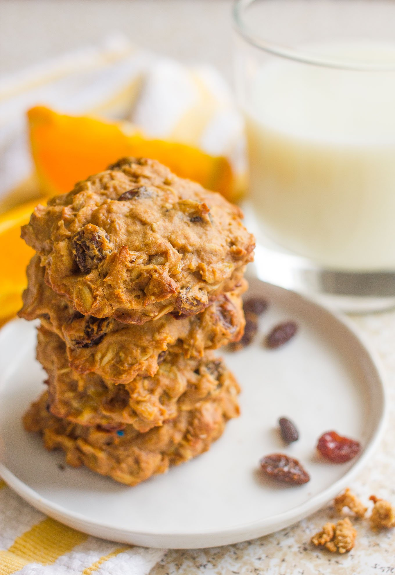 Oatmeal-raisin-breakfast-cookies-6