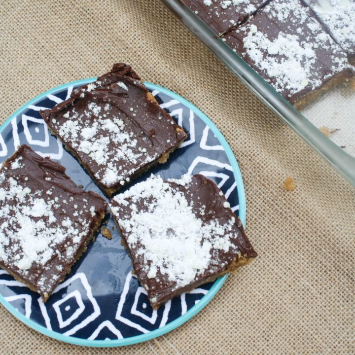 Puppy Chow Cookie Bars