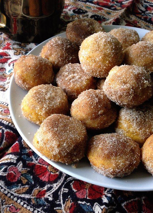 pumpkin_spice_doughnut_muffins_4