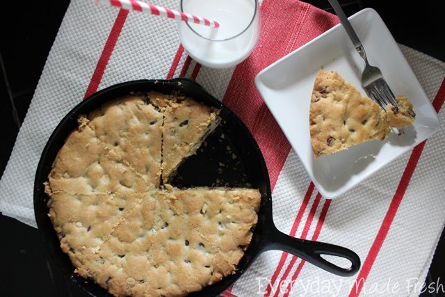 The name says it all, this Chunky Chewy Skillet Cookie is the perfect slice of chocolate chip cookie goodness! | EverydayMadeFresh.com
