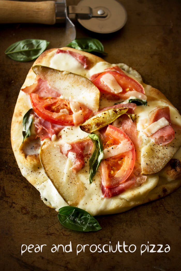 pear-and-prosciutto-pizza