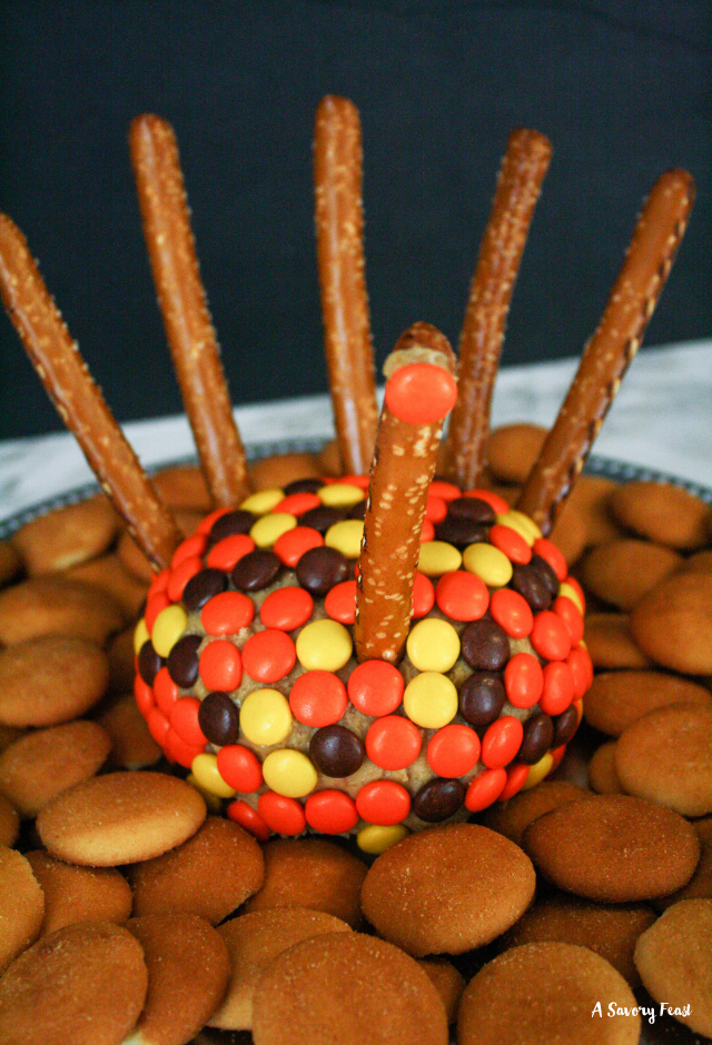 Add a cute Thanksgiving Turkey Peanut Butter Cream Cheese Ball to your appetizer spread!