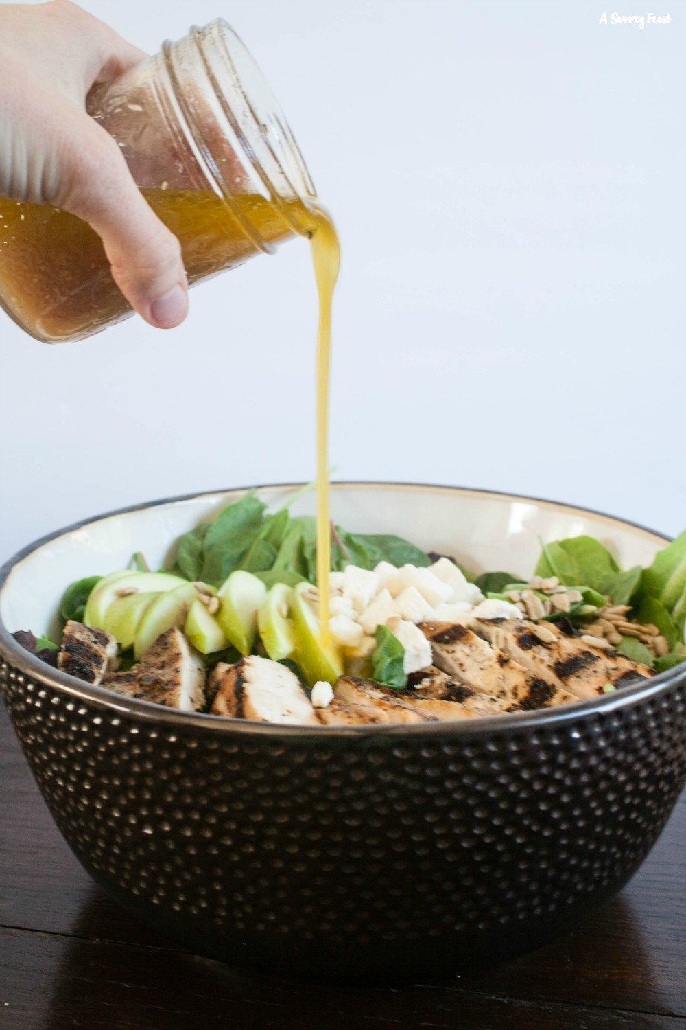 Grilled Chicken and Apple Salad with Homemade Apple Vinaigrette is an easy idea for dinner tonight!