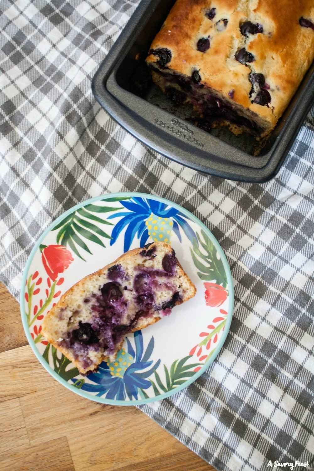 Greek Yogurt Blueberry Bread is such a yummy grab-and-go breakfast idea!