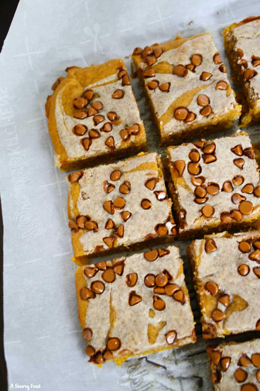 Cinnamon-Swirl Pumpkin Bars recipe