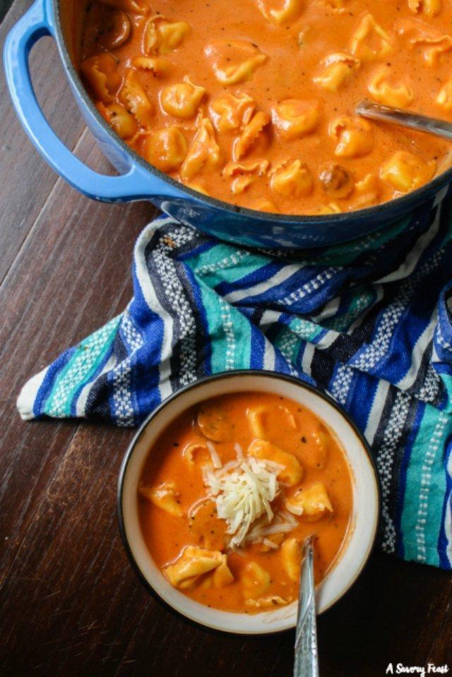 Tomato Tortellini Soup easy recipe
