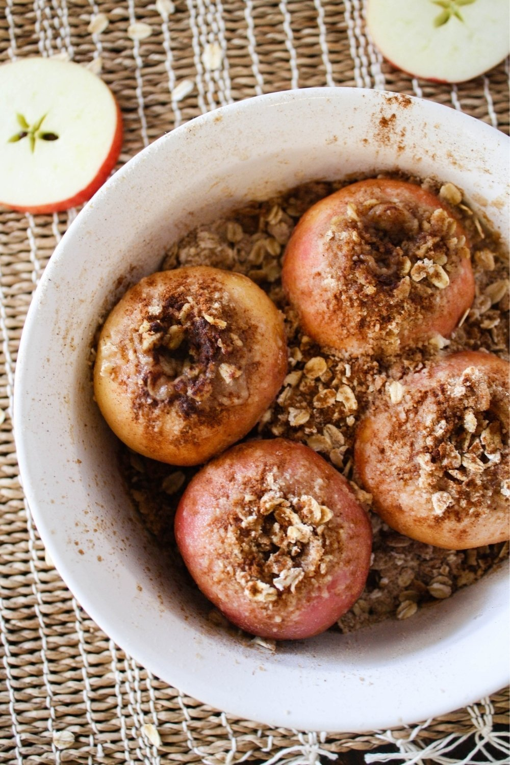 This Fall, make Baked Apples in your Instant Pot!